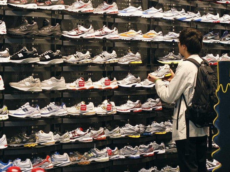 Come aprire un negozio di scarpe sportive 6b98ea71528